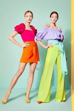 Alice Olivia Spring 2020 Ready-to-Wear Fashion Show - Vogue Summer Fashion Trends, Fashion Week, Fashion 2020, Spring Summer Fashion, Spring Outfits, Summer Fashions, Spring Summer Trends, Winter Trends, Vogue Fashion