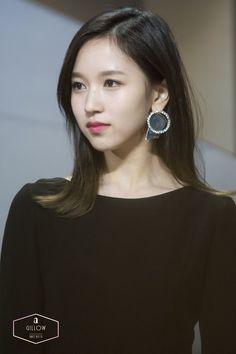 Nayeon, Kpop Girl Groups, Kpop Girls, Korean Girl, Asian Girl, Twice Photoshoot, Sana Momo, Twice Kpop, Myoui Mina