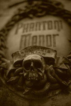 Phantom Manor | Frontierland | Disneyland Paris