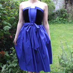 Kleid Bow Trägerlos 1980er, 85€, jetzt auf Fab.