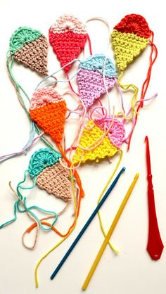 Icecream crochet garland with pattern!
