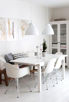 Bancos para las mesas de comedor combinados con sillas. ¡Decoidea a tener muy en cuenta!