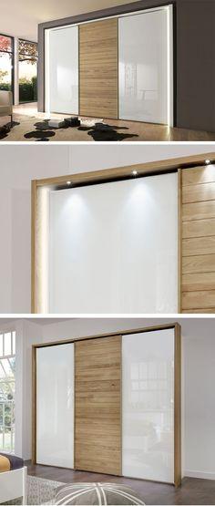 Exklusives Komplett-Schlafzimmer mit edlen Glas-Elementen Betten