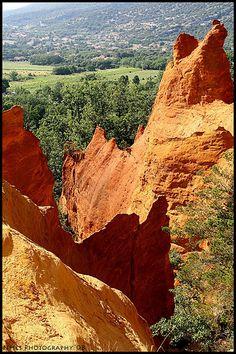 Le Colorado Provençal #tourisme #campingcar Le Colorado, Belle France, Sites Touristiques, Beaux Villages, Provence France, Croatia, Natural Beauty, Greece, Places To Go