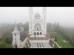 Ținutul Pădurenilor: Biserica Ortodoxa Ghelari - VIDEO by DAN Videos, Notre Dame, Building, Travel, Viajes, Buildings, Destinations, Traveling, Trips