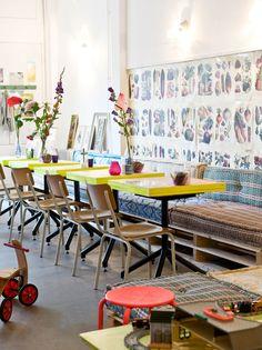 Ondanks dat ik meer van lange tafels in huis houd, vind ik dit echt tof! (Uit de binnenkijk-special van Josien in VT Wonen)