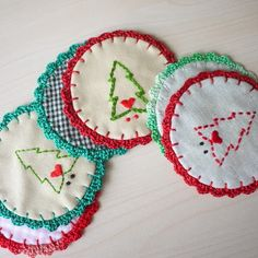 patch.stitch.button: Christmas Coasters