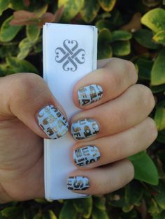 Jamberry Nails Alphabet City!!! Loving my Jamicure of August's Sister Style Exclusive! #AlphabetCityJN www.wonderland.JamberryNails.net