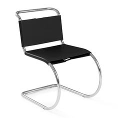 The MR Chair Knoll, designed by Mies Van Der Rohe in 1927 takes part of a large collection composed by chairs, armchairs and tables that represents one of the first furniture collections designed by Van Der Rohe. Mod Furniture, Art Deco Furniture, Steel Furniture, Furniture Design, Dream Furniture, Office Furniture, Harry Bertoia, George Nakashima, Marcel Breuer