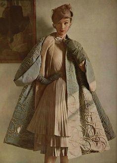 jacques fath, 1951 #vintage #fashion #photography