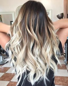Balayage Beach Blonde ombre hair 20 Fabulous Brown Hair with Blonde Highlights Looks to Love Hair Color For Women, Cool Hair Color, Ombre Hair With Color, Trendy Hair Colors, Cute Hair Colors, Ombre Color, Hair Colour, Hair Color Balayage, Blonde Color