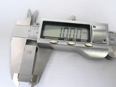 """High quality 150 mm 6"""" Metal casing Digital CALIPER Electronic VERNIER GAUGE MICROMETER 0 150mm-in Calipers from Home Improvement on Aliexpress.com 