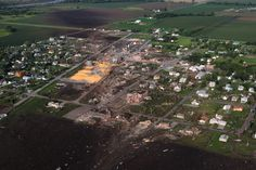 Nebraska town braces for massive tornado cleanup