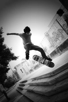 Skateboarding senior picture ideas for girls and guys. Skater pictures…
