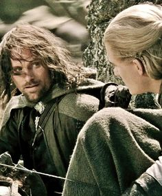 Aragorn and Legolas - the Lord of the Rings : The Two Towers Legolas And Aragorn, Thranduil, Tolkien Books, J. R. R. Tolkien, Fellowship Of The Ring, Lord Of The Rings, Jackson, The Middle, Middle Earth