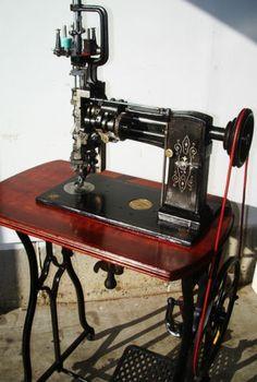 Lintz Eckhardt RARE Exquisite Antique Sewing Machine Crank Treadle Mahogany | eBay