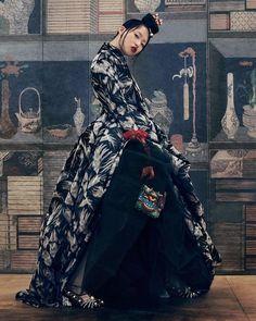Hong Jang Hyun – Vogue Korea, September 2016