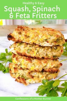 healthy squash, spinach and feta fritters Meatless Monday Healthy Indian Recipes, Healthy Low Carb Recipes, Clean Eating Recipes, Vegetarian Recipes, Vegetarian Options, Healthy Vegetarian Breakfast, Easy Vegetarian Dinner, Healthy Eating, Healthy Breakfasts
