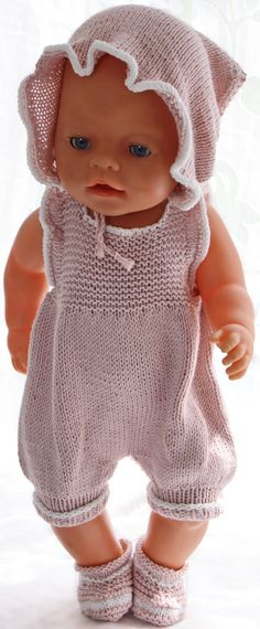 Puppenkleidung stricken anleitung - Ein bequemer und niedlicher Sommeranzug, sup.Knitting doll clothes instructions - A comfortable and cute summer suit, great for your doll on a hot summer day. Knitted Doll Patterns, Knitted Dolls, Knitting Patterns, Sewing Patterns, Knitting Dolls Clothes, Yarn Dolls, Doll Clothes, Baby Blog, Baby Outfits