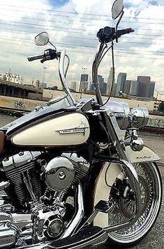 Used 2007 Harley-Davidson Touring for sale in Brea, California, Usa #harleydavidsonbaggercaferacers