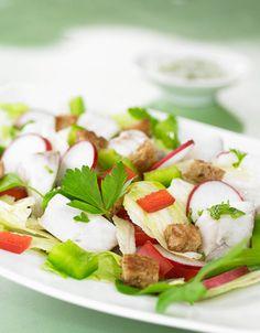 Lun seifilet med syrlig salat og urtedressing | www.greteroede.no | Oppskrifter | www.greteroede.no