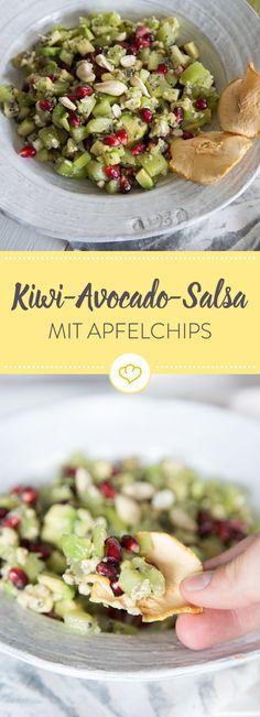 Eine Salsa ist scharf und deftig? Nicht, wenn du sie mit Kiwi und Avocado machst. Ein paar Apfelchips dazu und fertig ist deine Alternative zu Tacos.