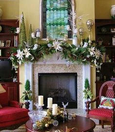 35 Beautiful Christmas Mantels - Christmas Decorating - stained glass window-like piece hanging above the mantel Christmas Fireplace, Christmas Mantels, Fireplace Mantels, Winter Christmas, Christmas Home, Christmas Garlands, Fireplaces, Fireplace Molding, Fireplace Garland