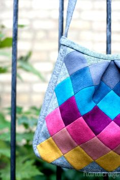 The Fabric Makes the Bag: the Lucy hobo
