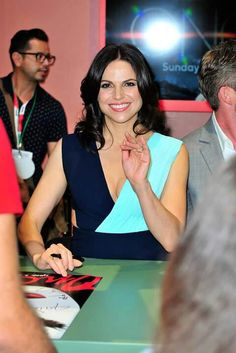 Awesome Lana in the autograph room at ComicCon 2015 in San Diego Ca Saturday 7-11-15