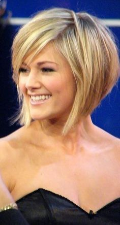 a line bob haircut with side bangs - Google Search
