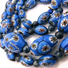 VINTAGE VENETIAN ART DECO MATCHED MILLEFIORI HAND ROLLED GLASS BEAD NECKLACE