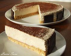 Un tort absolut delicios, cu branza Mascarpone si aroma de whisky, si, foarte important, un tort Cake Cookies, Cupcake Cakes, Cupcakes, Romanian Food, Romanian Recipes, Whisky, Pinterest Recipes, Cheesecakes, Vanilla Cake