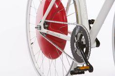 Is the Copenhagen Wheel poised to become the next big thing in alternative urban transportation? Dirt Bike Wedding, Bike Storage Apartment, Dirt Bike Tattoo, Truck Bike Rack, Rider Quotes, Dirt Bike Helmets, Bike News, Bike Rider, Green Gifts