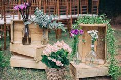 Casamento ao ar livre: decoração rústica