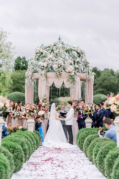 luxury outdoor wedding ceremony wedding locations The Allure of the Outdoor Wedding - French Wedding Style Outdoor Ceremony, Wedding Ceremony, Fall Wedding, Outdoor Wedding Inspiration, Wedding Ideas, French Wedding Style, Luxury Wedding Venues, Bridal Show, Outside Wedding