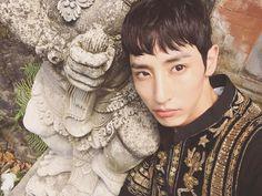 beauty? you mean lee soo hyuk? yeah he's one gorgeous ass model
