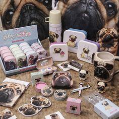 Oblíbená #kolekce #Mopslík #Pugs&Kisses a spousta praktických #doplňků #pug #accessories