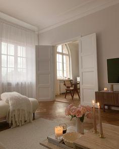 Dream Home Design, Home Interior Design, House Design, Living Room Interior, Aesthetic Room Decor, Beige Aesthetic, Dream Apartment, French Apartment, Apartment Interior