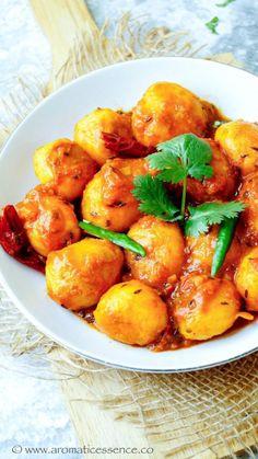 Bengali Dum Aloo Recipe Baby Potato Recipe Indian, Baby Potato Recipes, Veg Recipes Of India, Indian Food Recipes, Ethnic Recipes, Indian Foods, Aloo Recipes, Veggie Recipes, Curry Recipes