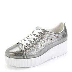 Sapato Creeper Spike. R$ 119,90
