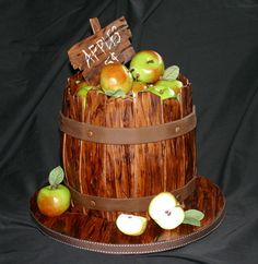 Autumn Apple Barrel Cake | Autumn Cakes