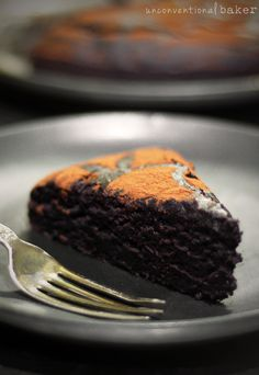 Duncan Hines-Style Chocolate Cake {Gluten-Free, Vegan, Refined Sugar-Free, perfect for layering or cutting into a shaped birthday cake! Gluten Free Sweets, Gluten Free Cakes, Gluten Free Baking, Vegan Gluten Free, Vegan Baking, Dairy Free, Vegan Treats, Vegan Desserts, Vegan Recipes