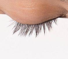 Extreme eyelash and eyebrow growth - the official EMMA test - EMMA Eyebrow Makeup Tips, Makeup Eye Looks, Eye Makeup, Beauty Skin, Hair Beauty, Eyebrows, Eyeliner, Beauté Blonde, Makeup For Older Women