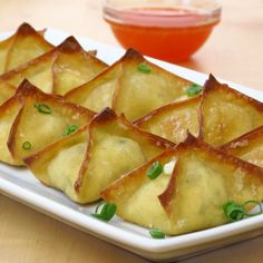 Baked Cream Cheese Wontons and dipping sauce