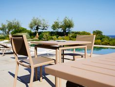 Outdoor Small Table Costa by Fermob |! #designbest #outdoor #aluminium @fermob |