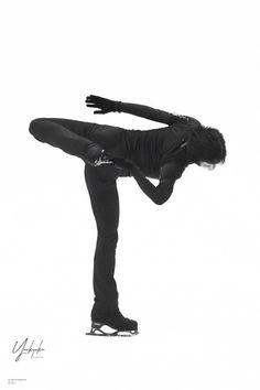 """yuzuru hanyu"" - The Best Figure Skater Ever: Yuzuru Hanyū. Body Reference Poses, Male Figure Skaters, Figure Skating Costumes, Olympic Champion, Hanyu Yuzuru, Figure It Out, Ice Skating, All Art, Ballet"