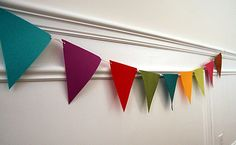 No sew felt bunting flags (add velcro to backing to use instead of string/holes; velcro on front on which to affix different letters to make different signs!)