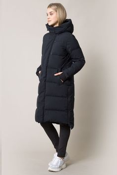 Be warm, toasty, and super stylish in MPG Sport's high-performance women's activewear jackets. From lightweight to down filled, we've got you covered. Anorak Jacket, Rain Jacket, Womens Snowboard Jacket, Long Parka, Camo Patterns, Athleisure, Outerwear Jackets, Jackets For Women, Winter Jackets