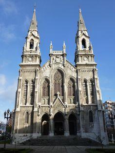 Iglesia Nueva de Santo Tomás de Canterbury (Avilés , Asturias)