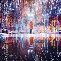 Sparkling City Of Moscow Celebrates Orthodox Christmas In A Magical Flurry Of Snow And Light Beautiful Places In The World, The Real World, Scenery Photography, Travel Photography, Best Places To Travel, Great Places, Meditation France, Russian Winter, Beautiful Artwork